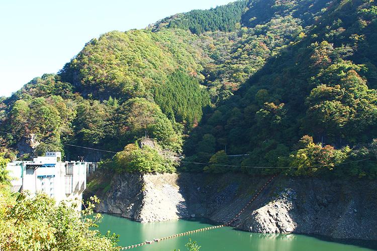 秩父湖(二瀬ダム)
